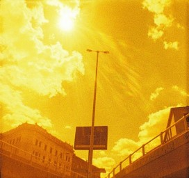 Lomography Lobster Redscale 110