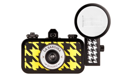 La Sardina Camera and Flash Quadrat